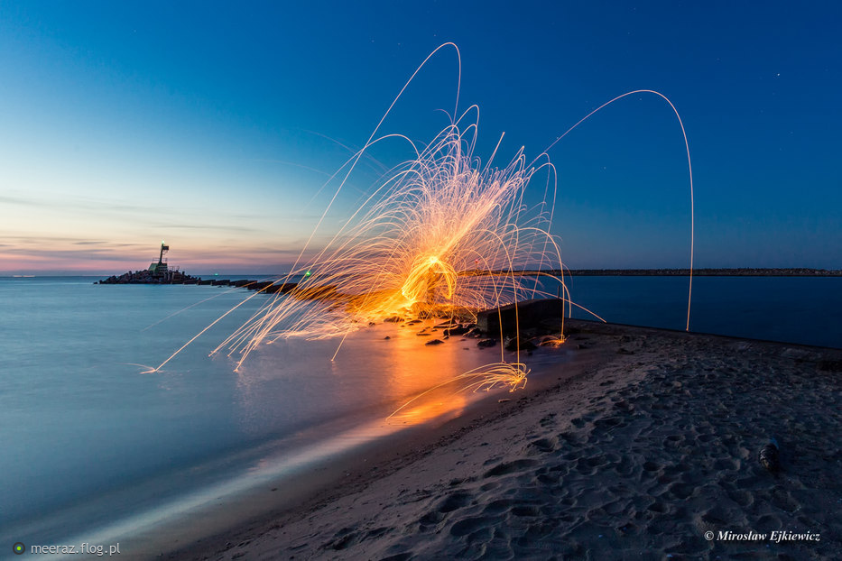 Iskierki na plaży