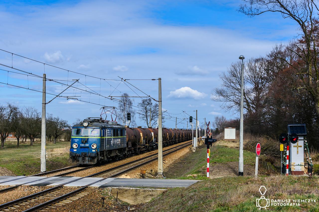 EU07-1501
