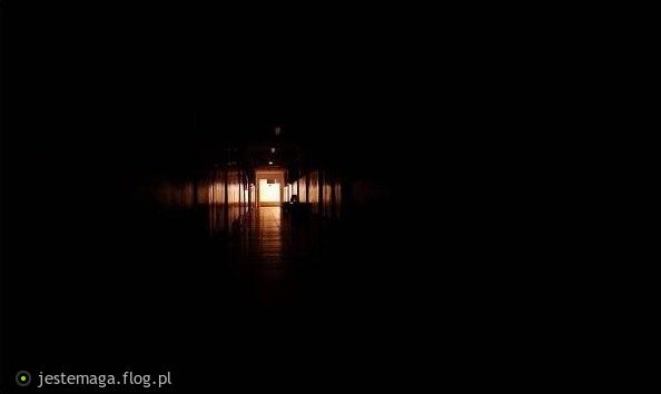 szkolny korytarz...